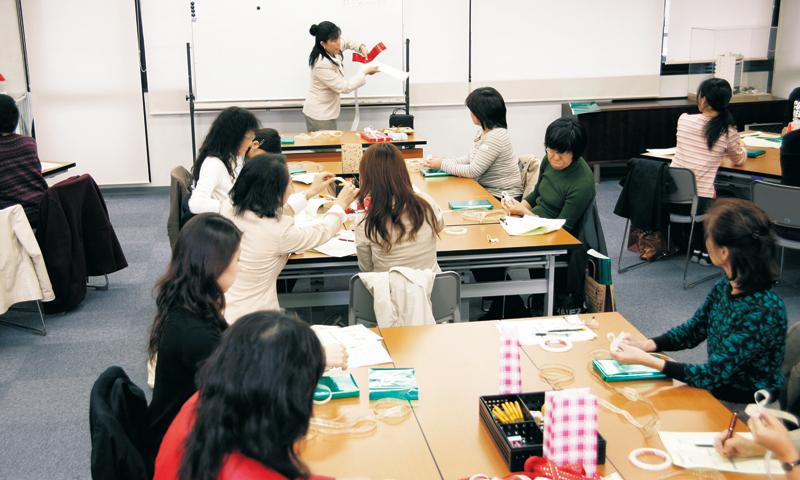 講習会のご案内 株式会社シモジマ 包装紙 紙袋 店舗用品 文房具の